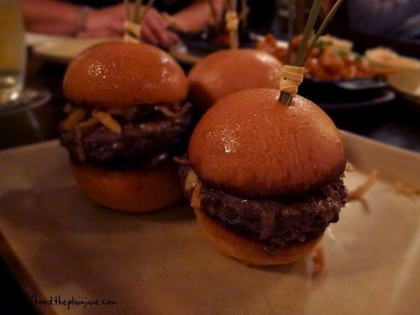 cheeseburger-sliders