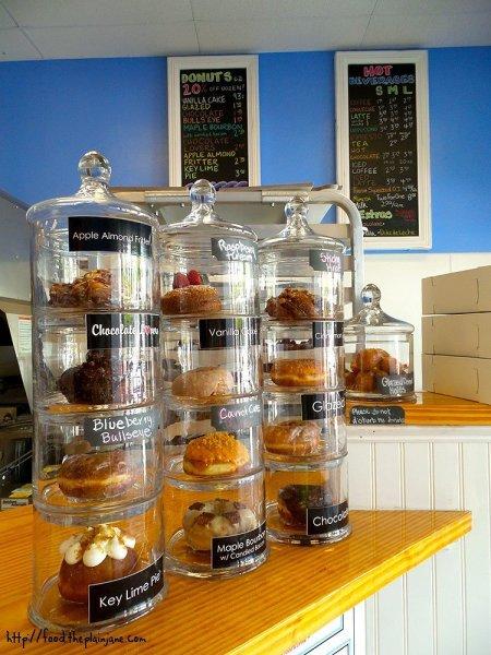 glazed-donut-shop-options