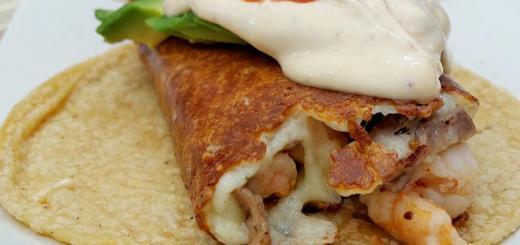quesataco-closeup-tacos-salseados