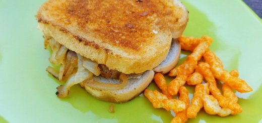 cheetoes-patty-melt