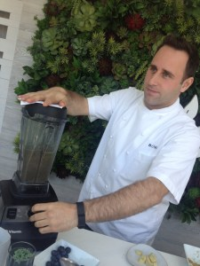 Chef Wolen transforming tea in Lincoln Park
