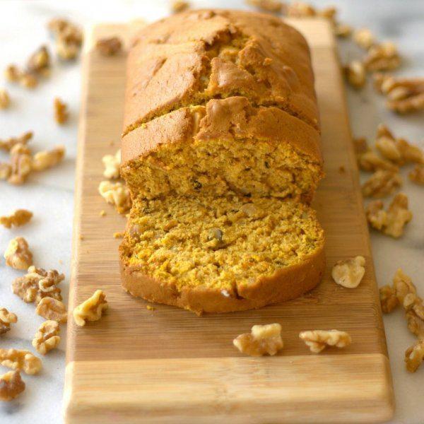 Pumpkin Pie-Spiced Pumkin Bread with Walnuts