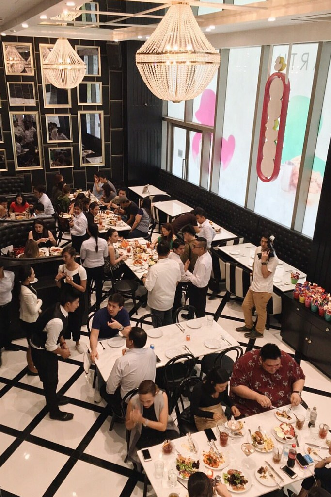 "img src=""sugarfactory18.jpg"" alt=""Sugar Factory"""
