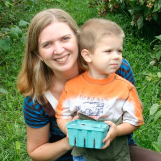 Berry Picking {PSF – Give Me Your Best Shot}