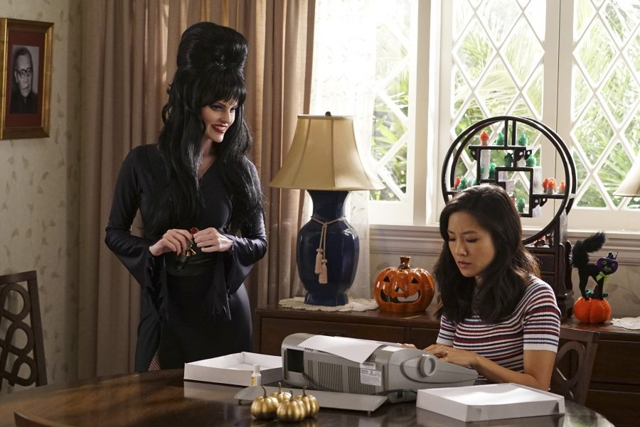 """FRESH OFF THE BOAT - """"Louisween"""" (ABC/Eric McCandless) CHELSEY CRISP, CONSTANCE WU"""