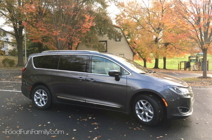 What we love about the 2017 Chrysler Pacifica minivan