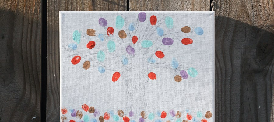 Thumbprint Tree Canvas: a DIY Mother's Day Craft