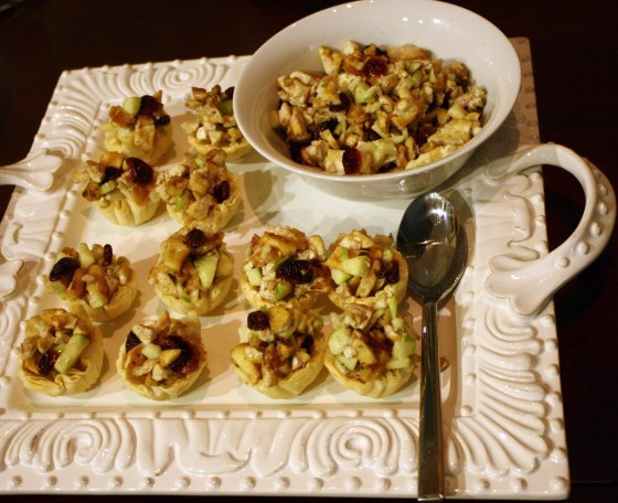Vegan Faux Chicken Salad Hors D'oeuvres