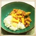 Thaise curry met kip, krieltjes, sperzieboontjes, mango en jasmijnrijst