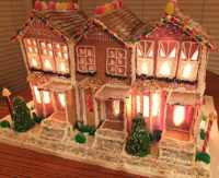 Top 10 tips for building a large gingerbread house