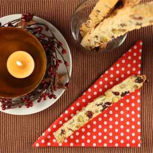 Pistachio-Cranberry Biscotti Straws // FoodNouveau.com