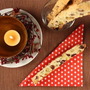 Pistachio-Cranberry Biscotti Straws // FoodNouveau.com
