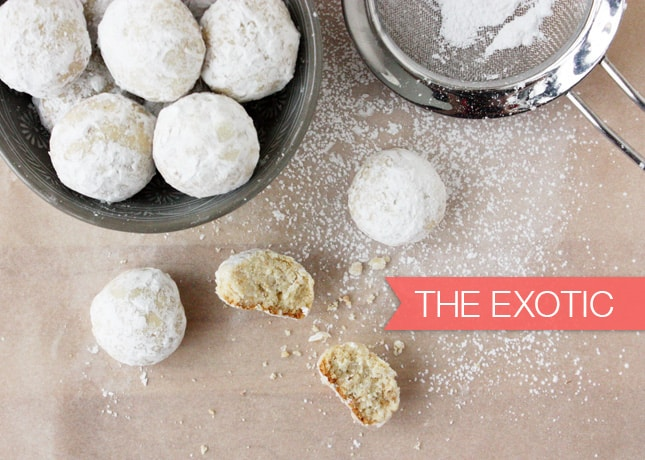 {Cookie Week} The Exotic: Cardamom Cashew Balls // FoodNouveau.com