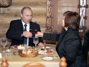 "ITAR-TASS 151: MOSCOW, RUSSIA. DECEMBER 2, 2007. President of Russia Vladimir Putin and his wife Lyudmila dine at Siberian cuisine restaurant ""Yermak"" in Moscow's Krylatskoye district after voting in elections to the Fifth State Duma. (Photo ITAR-TASS / Dmitry Astakhov)"