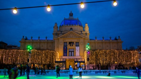 King Tomislav Square unveiled a huge ice skating rink in 2014. (Photo credit: The Zagreb Tourist Board and Igor Nobilo)