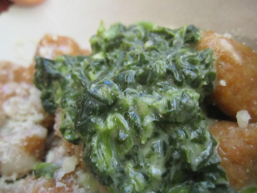 Spinach sauce on gnocchi | foodsciencenerd.com