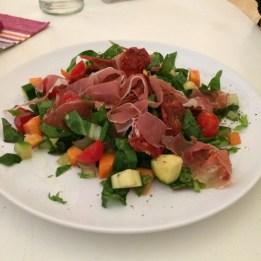 Salată by Geia