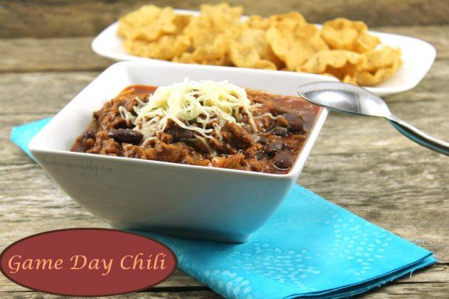 Game Day Chili {The Wednesday Roundup 43}