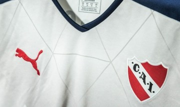 Club Atlético Independiente 2016 2017 PUMA Third Football Kit, Soccer Jersey, Shirt, Camiseta de Futbol, Equipacion