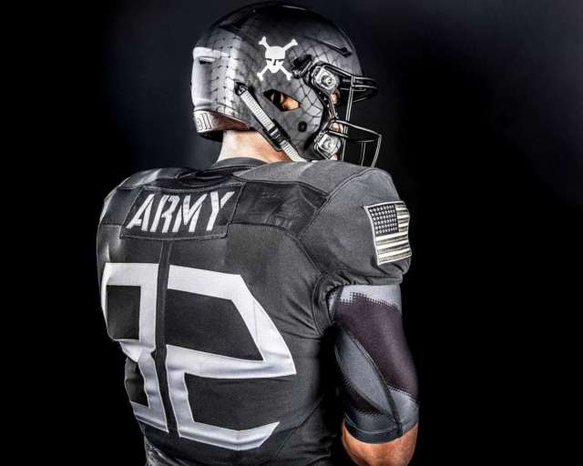 Army Navy Game 2017 Uniforms >> Army to wear uniforms inspired by World War II paratroopers vs. Navy - FootballScoop