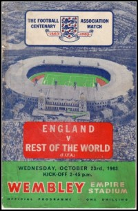 England: Gordon Banks (Leicester C); Jimmy Armfield (Blackpool); Ray Wilson (Huddersfield T); Gordon Milne (Liverpool); Maurice Norman (Spurs); Bobby Moore (West Ham); Terry Paine (Southampton); Jimmy Greaves (Spurs); Bobby Smith (Spurs); George Eastham (Arsenal); Bobby Charlton (Man Utd) Rest of the World: Lev Yashin (USSR); Djalma Santos (Brazil); Karl-Heinz Schnellinger (W Germany); Svatopluk Pluskal (Czechoslovakia); Jan Popluhar (Czechoslovakia); Josef Masopust (Czechoslovakia); Raymond Kopa (France); Dennis Law (Scotland); Alfredo di Stefano (Spain); Eusebio (Portugal); Francisco Gento (Spain).
