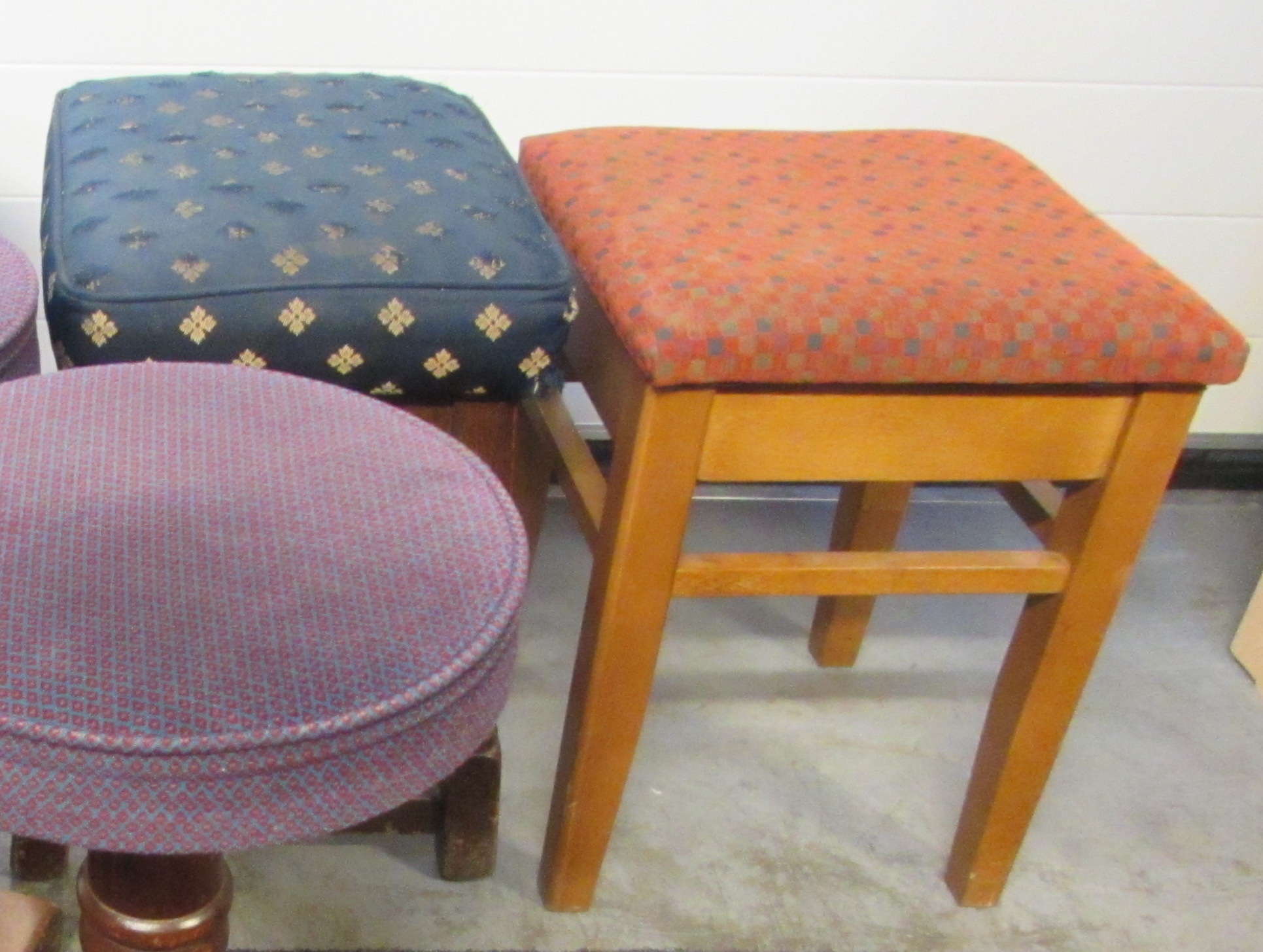 Secondhand Catering Equipment Ser Furniture Ltd Sussex Selection Of Stools Code Ch301 Sussex