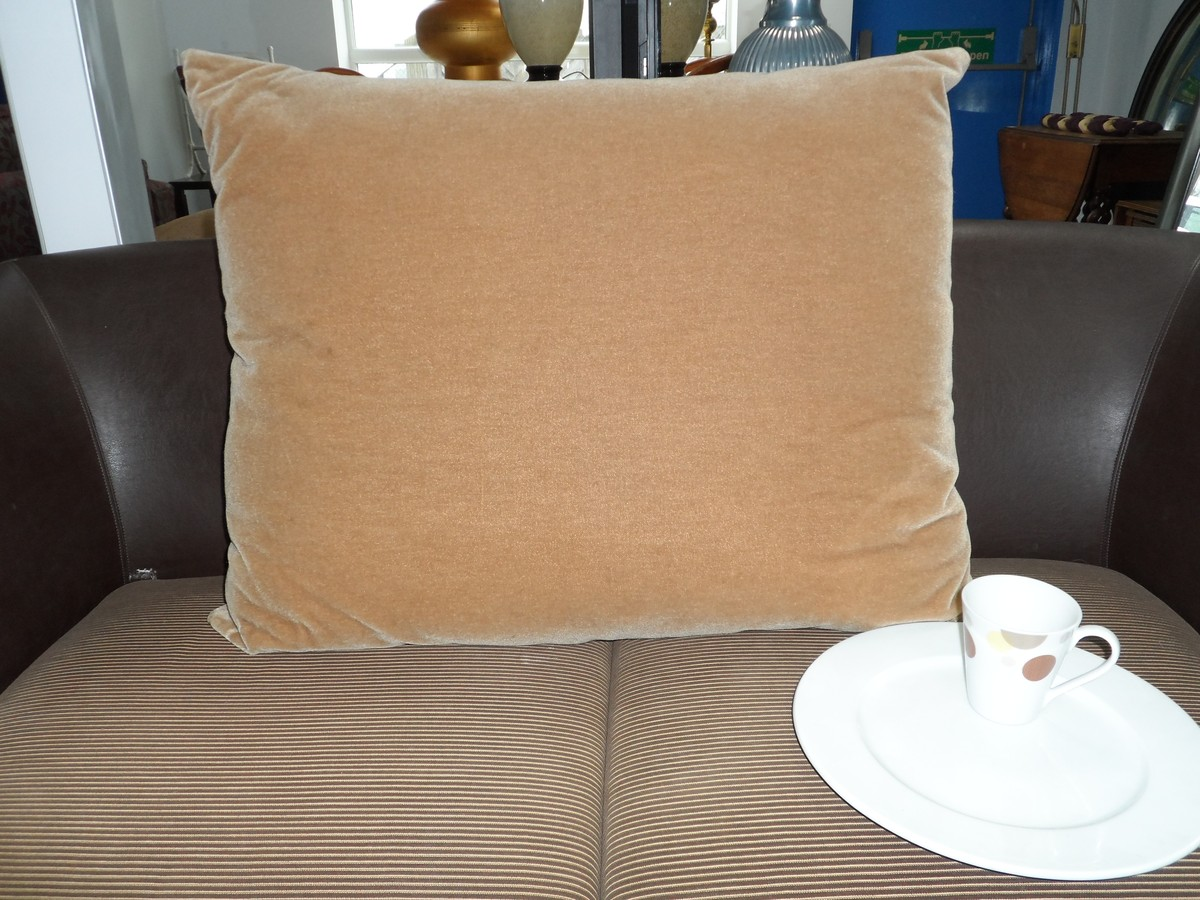 Big Cushion Sofa Secondhand Hotel Furniture Decorative And Dressing 5x