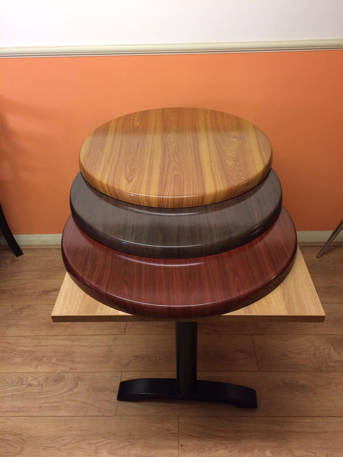 Round Table Tops Curlew Secondhand Marquees Global Tables And Chairs