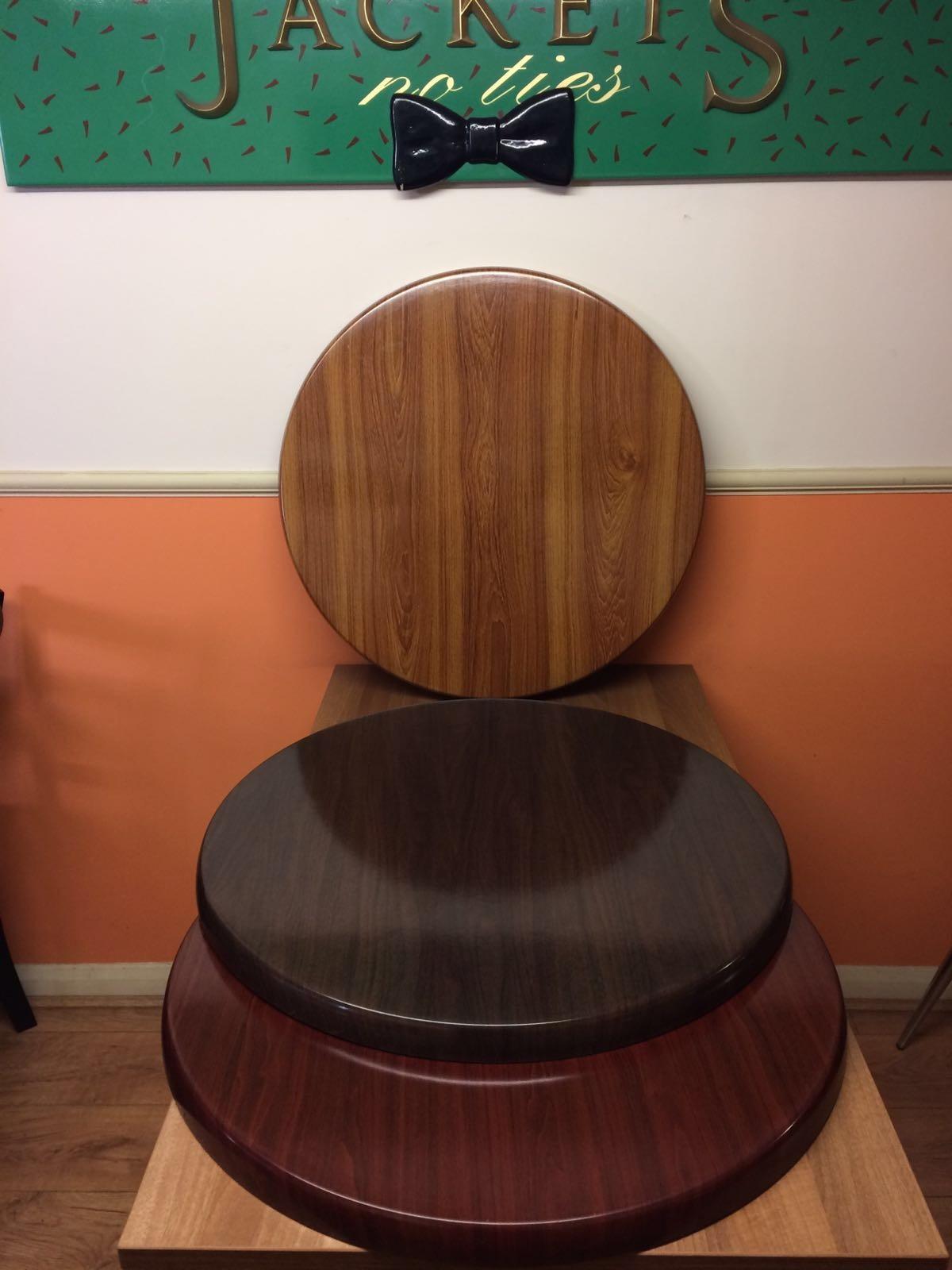 Round Table Tops Secondhand Generators Global Tables And Chairs London