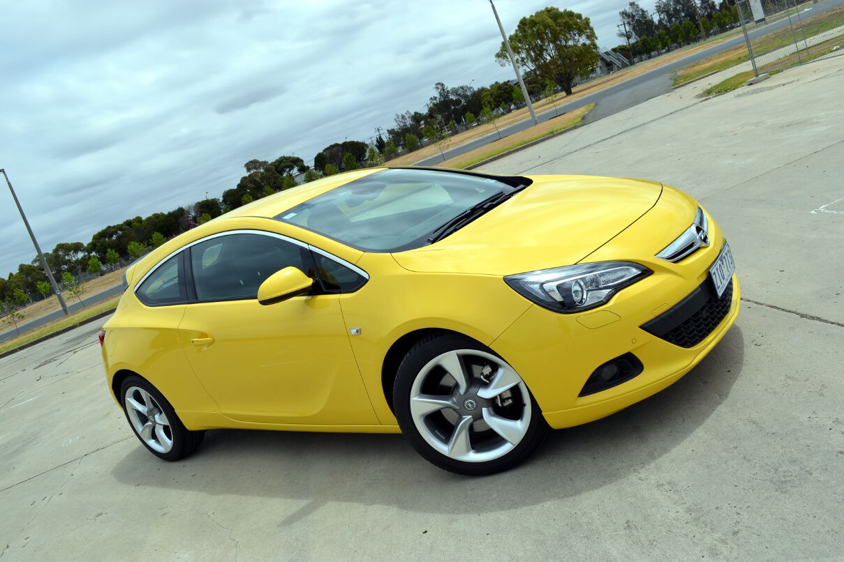 Opel Astra Opel Astra Review 2013 Astra Gtc Sport