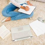 Earn Extra Money – 9 Side Hustles for Stay at Home Moms