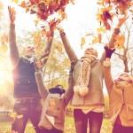 30+ Awesome Fall Family Photo Ideas