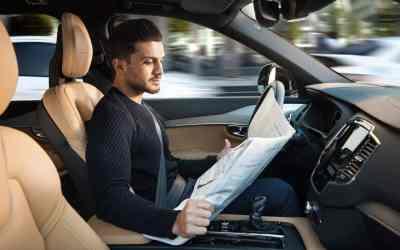 Volvo Intellisafe Auto Pilot interface