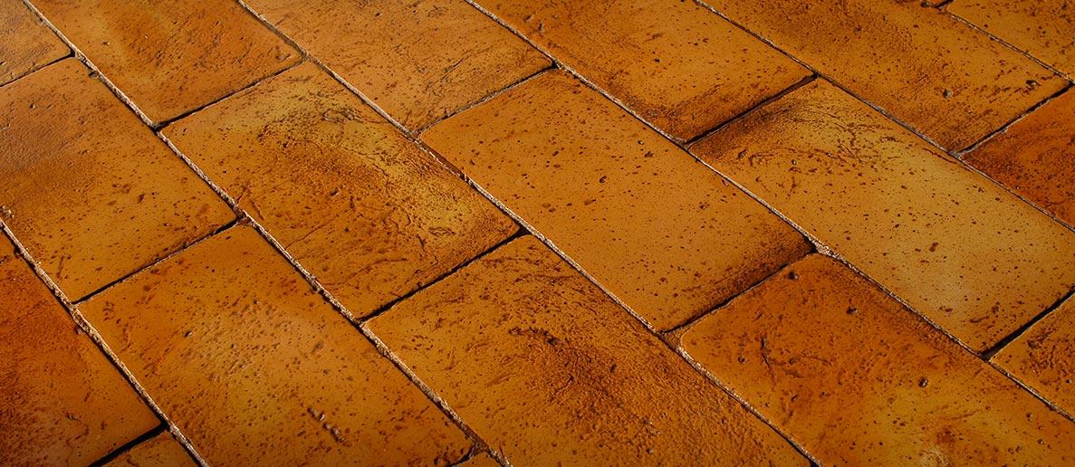 Piastrelle per taverna pavimento resistente in gres effetto