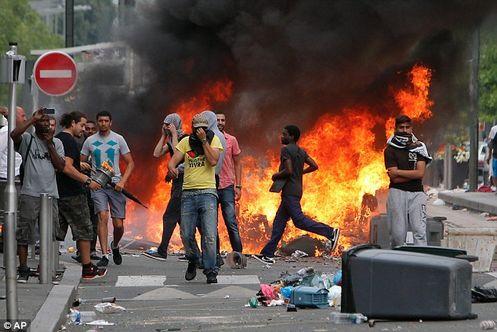 manifestacion violenta en europa contra judios