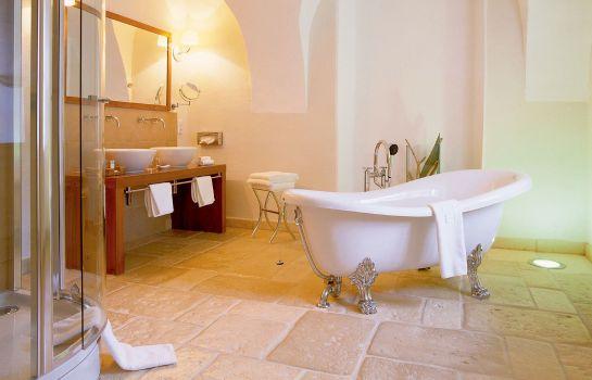 Hotel Schloss Muehldorf - Feldkirchen an der Donau günstig bei - badezimmer schloss