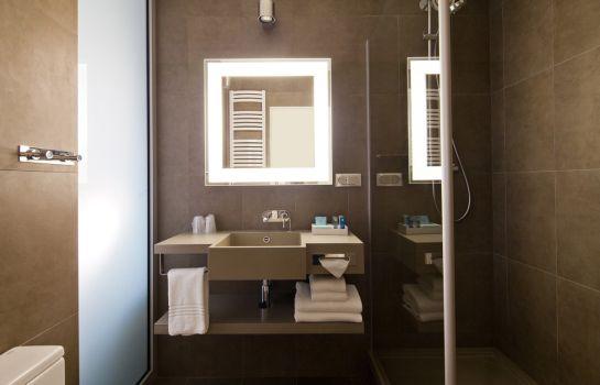 Hotel Novotel Warszawa Centrum - Warsaw u2013 Great prices at HOTEL INFO - badezimmer 3d modelle
