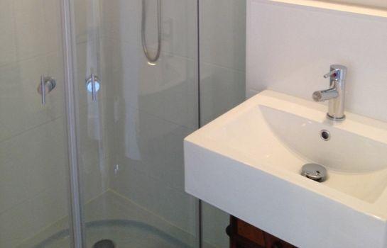 Hotel Schloss Otting günstig bei HOTEL DE - badezimmer schloss