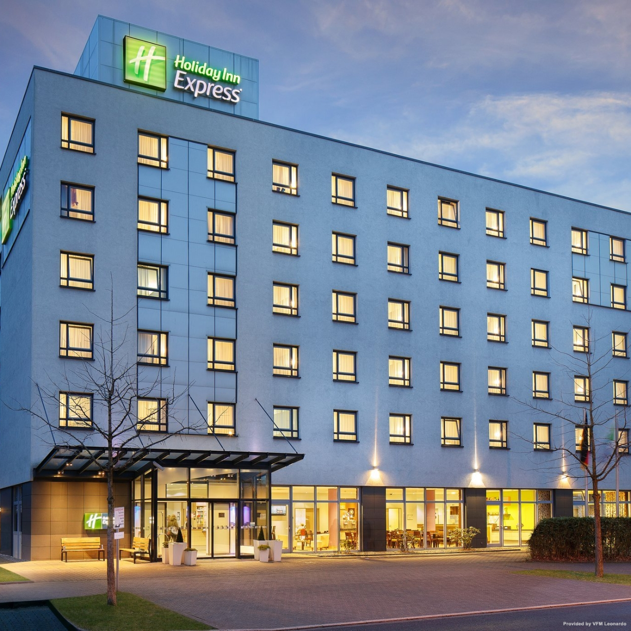 Salm Karlsruhe Holiday Inn Express Dusseldorf - City North - 3 Hrs Star Hotel In Düsseldorf (north Rhine-westphalia)
