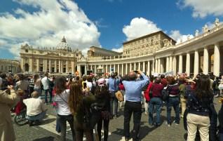 Plac Św. Piotra, Anioł Pański, Rzym-Watykan