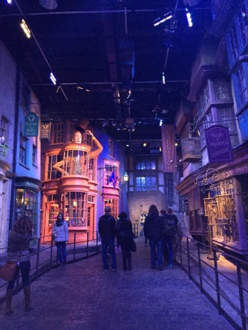 Diagon Alley_Studio Tour2.jpg