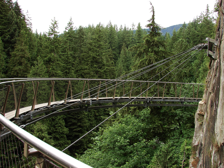 Looking Glass Falls Wallpaper Capilano Suspension Bridge In Vancouver Canada Found