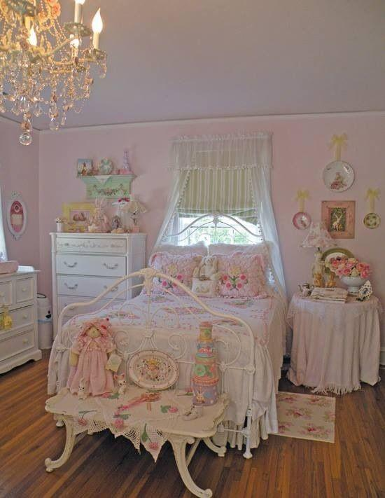 Pale Pink Wallpaper For Girl Nursery Feminine Shabby Chic Bedroom Interior Ideas And Examples