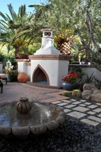 Landscape Design Ideas - The Mediterranean Garden   Founterior