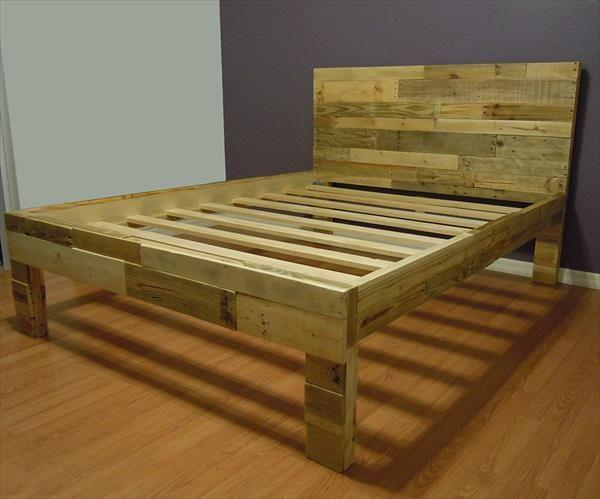 Pallet bed frame 3 in natural wood color founterior