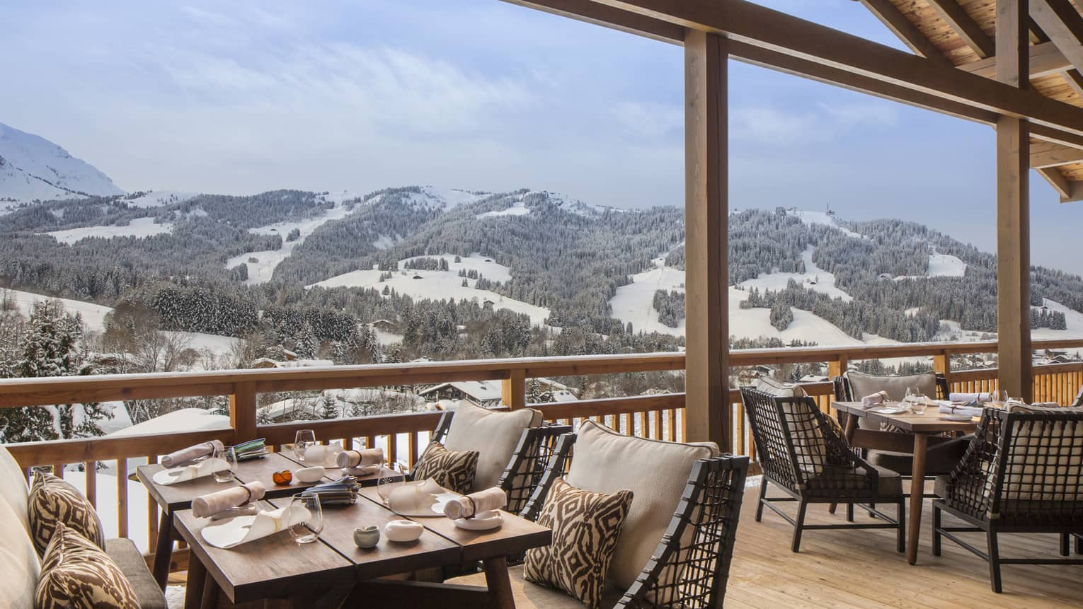 Terrasse Park Hotel Megeve Four Seasons Hotels And Resorts Luxury Hotels Four Seasons