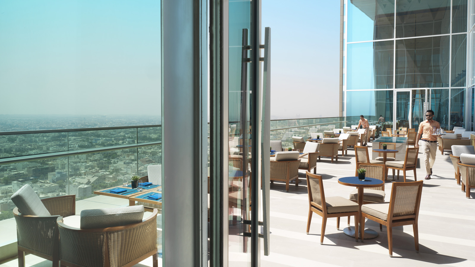Desain Glass Block Design Notes Four Seasons Hotel Kuwait At Burj Alshaya