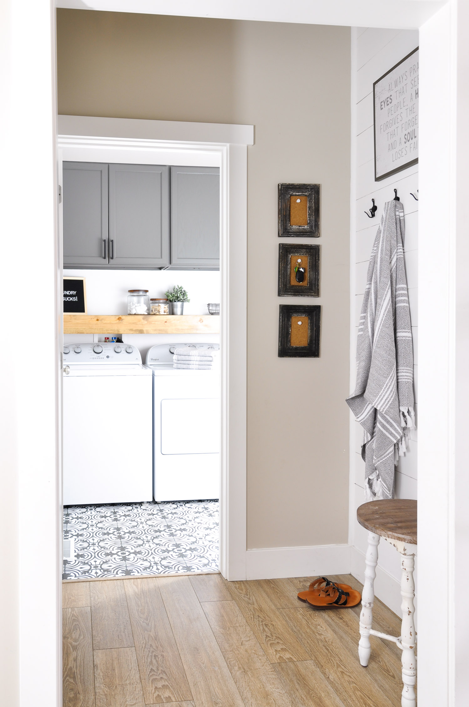 Farmhouse Laundry Room Floor Painted Vinyl Linoleum Floor Makeover Ideas Fox Hollow
