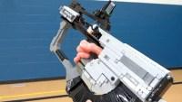 CoD: ゴースト:DLCが待ちきれない!新武器「The Ripper」をレゴで完全再現