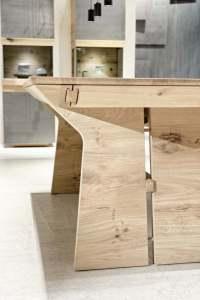 Table de repas design Tema en chne